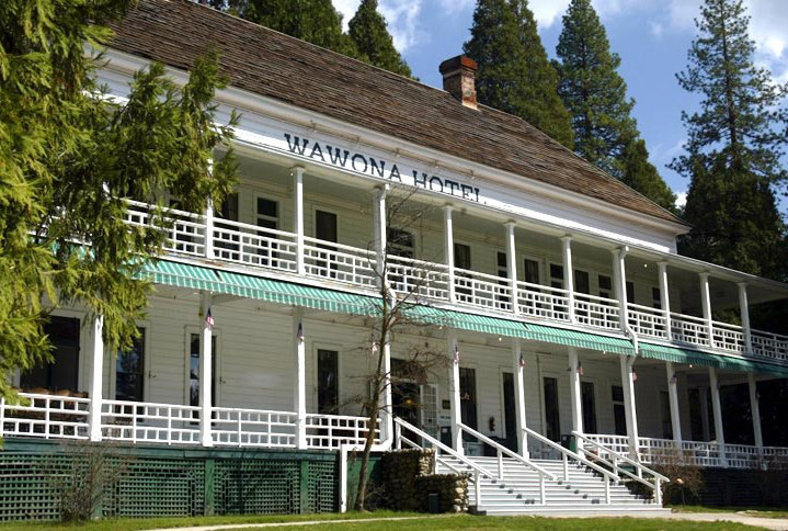Wawona Hotel (formerly Big Trees Lodge)